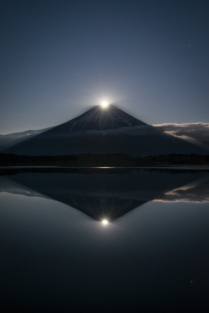 Mount Fuji Japan moon Yuga Kurita