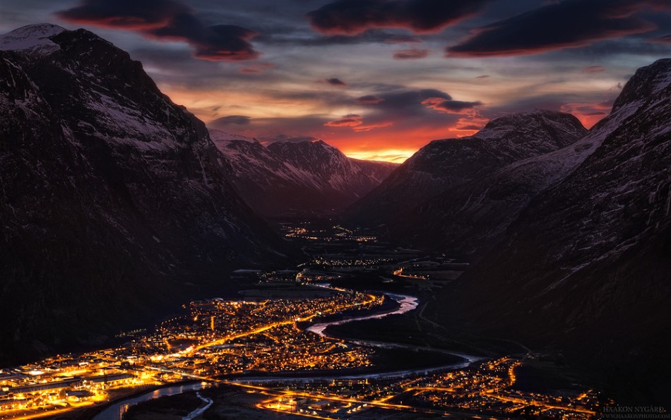 Valley of light sunrise snow Norway  Haakon Nygård